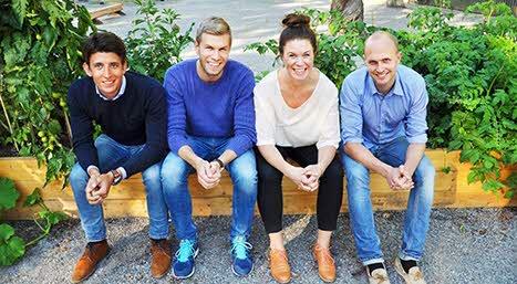 Tidigare studenter bakom Smiling Cashew