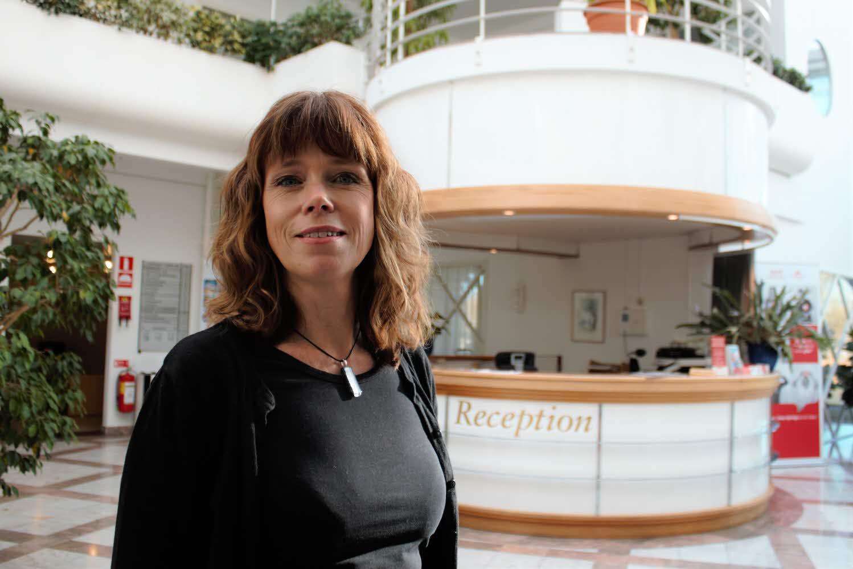 Ingela Lindström jobbar på landstinget i Kalmar län för att få in duktig personal snabbare.