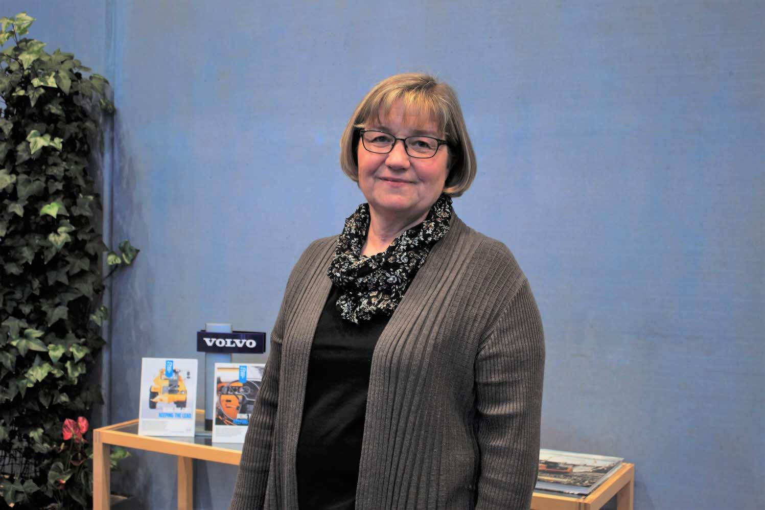 Ewa Lördal Tigerström tycker att det är viktigt att söka brett för att hitta rätt person.