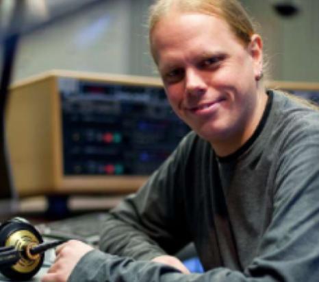 Henric Lindström är programansvarig